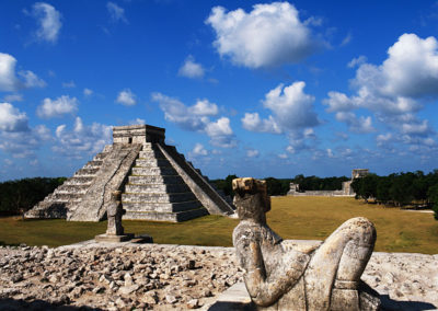Pyramid of Kukulkan seen from Temple of the Warriors
